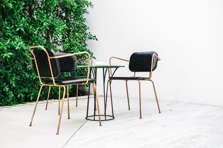 תמונה של מרפסת עם עיצוב רהיטים בהתאמה אישית