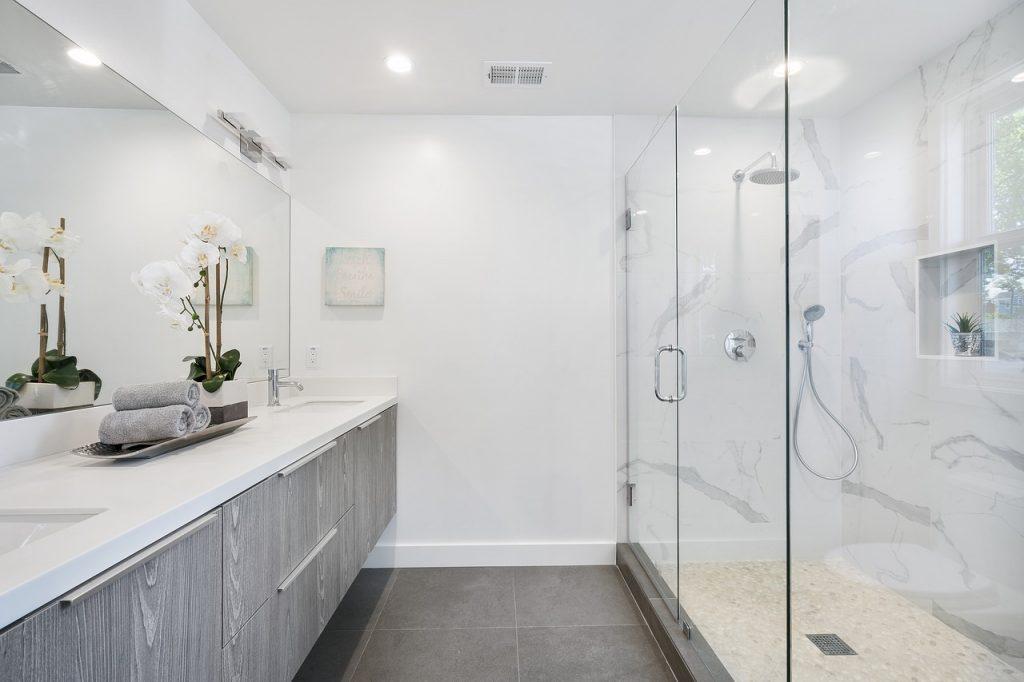 תמונה של ארונות אמבטיה מעוצבים