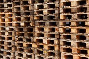 ייצוא רהיטים מעץ מלא